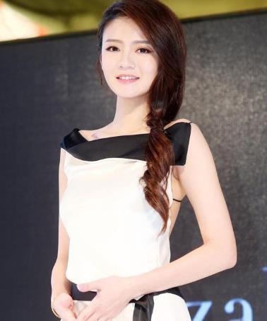 安以轩自曝第2次被求婚才点头 否认怀孕