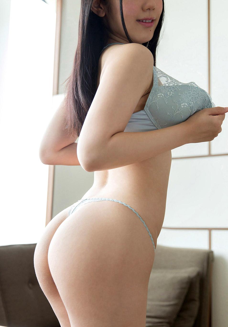 妥妥的一个梨子脸:很想让人和她一起做体操的梨杏夏